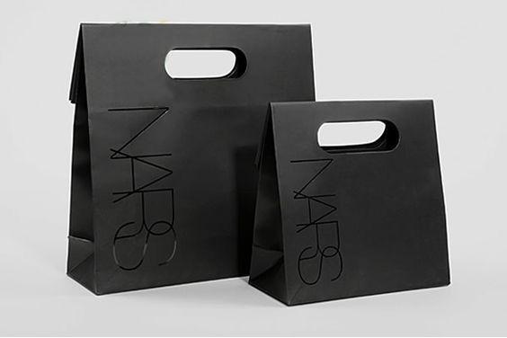 thiết kế túi giấy kiểu dáng sáng tạo